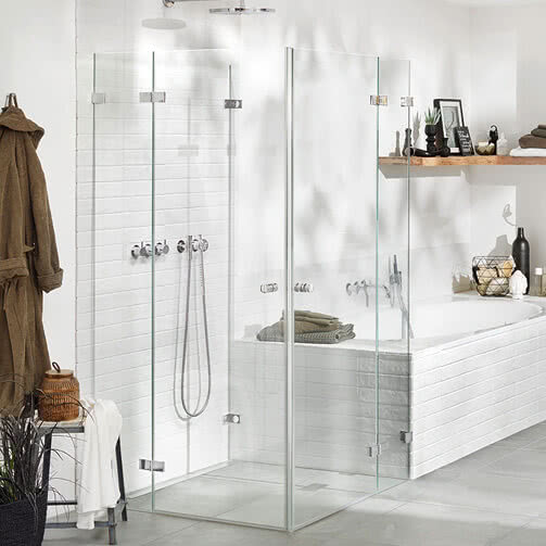 Fortuna shower – corner access with Easy wall glazing system