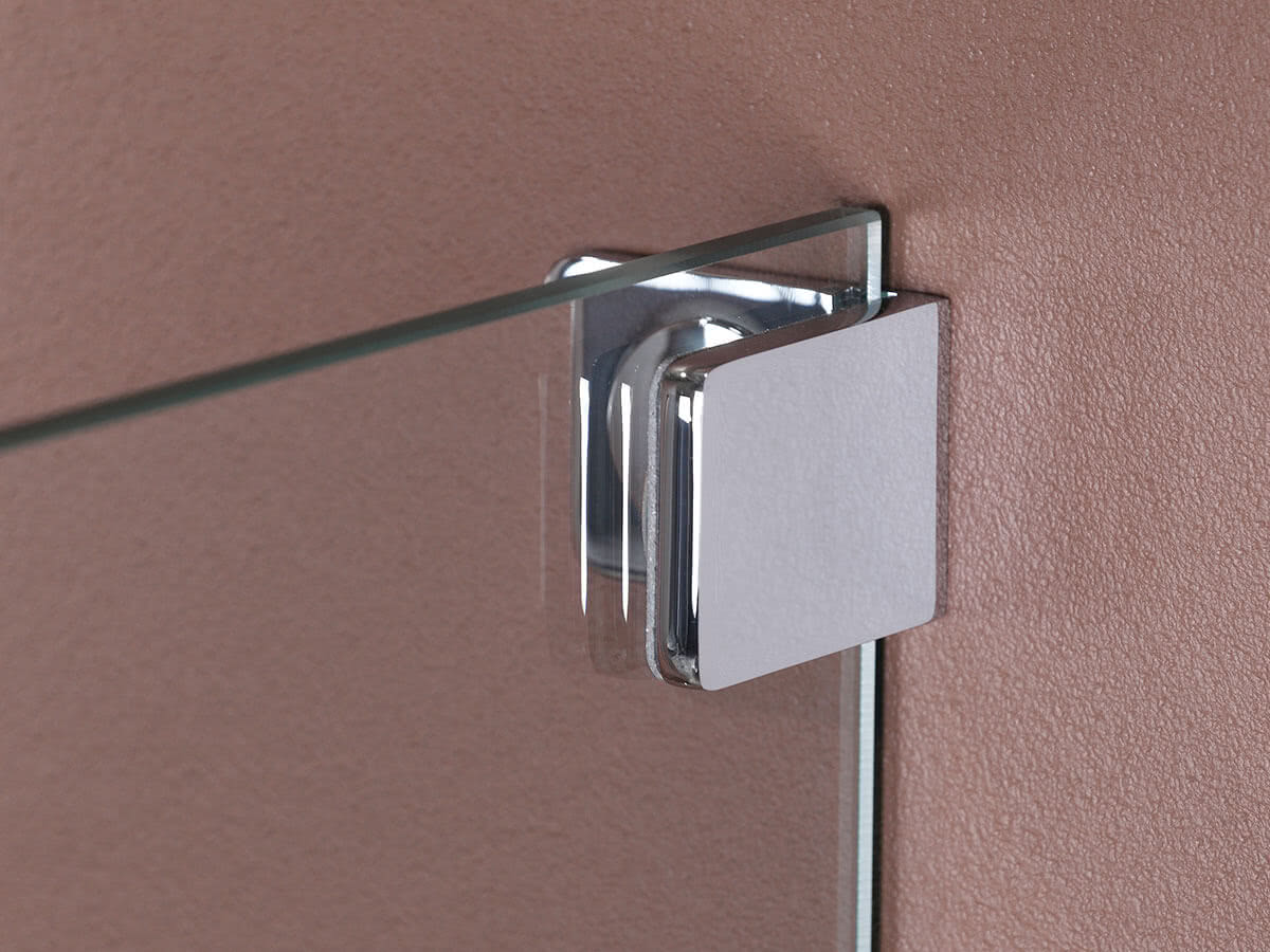 The models are available with a square or rounded wall bracket