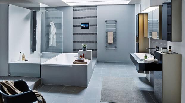 Dusche Omega mit Badewannenanschluss