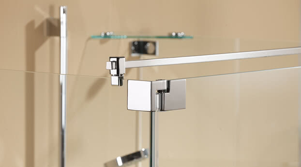 Omega shower with stabilizing bar