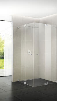 Omega shower with corner access and wall bracket