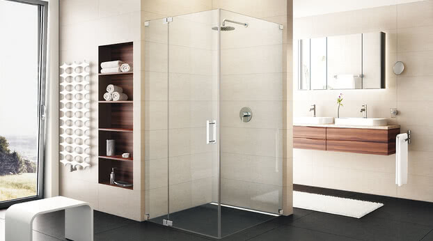Achat R Plus shower side access