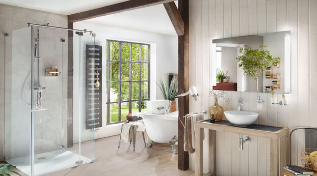 Country Achat R Plus bath shower with Smart-Line mirror