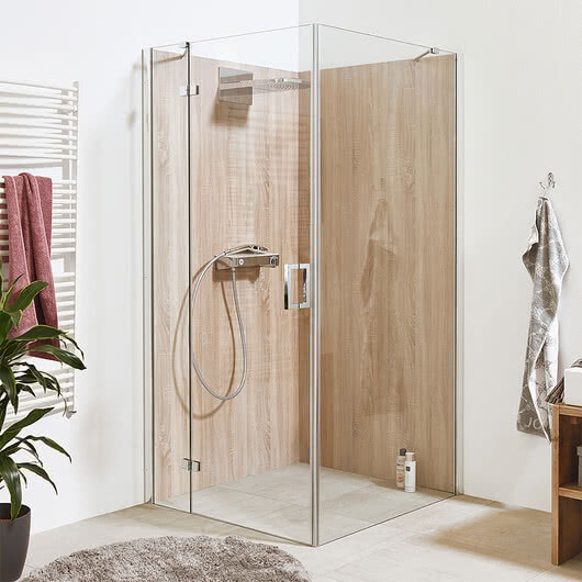 Edition-Line shower with System Basic and HPL rear panels