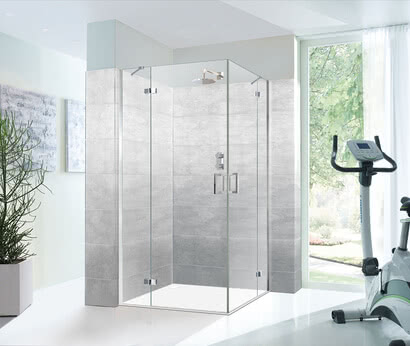 Edition-Line shower with bow-type handle and joint rod
