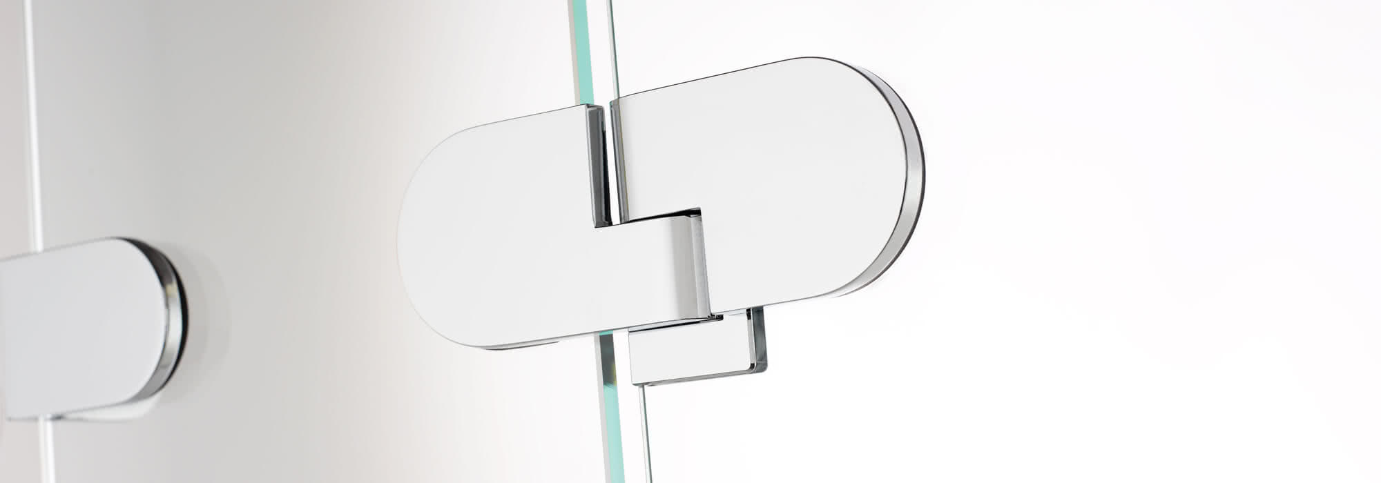 Spinell Plus, glass–glass hinge, exterior view