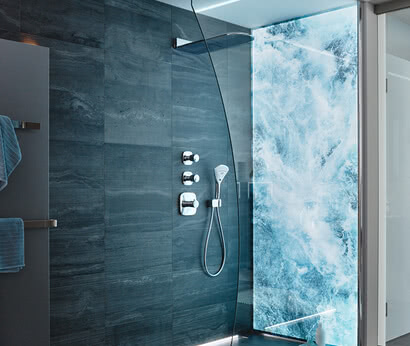 Inloop with System Premium LED breaking waves motif with glass cut-out