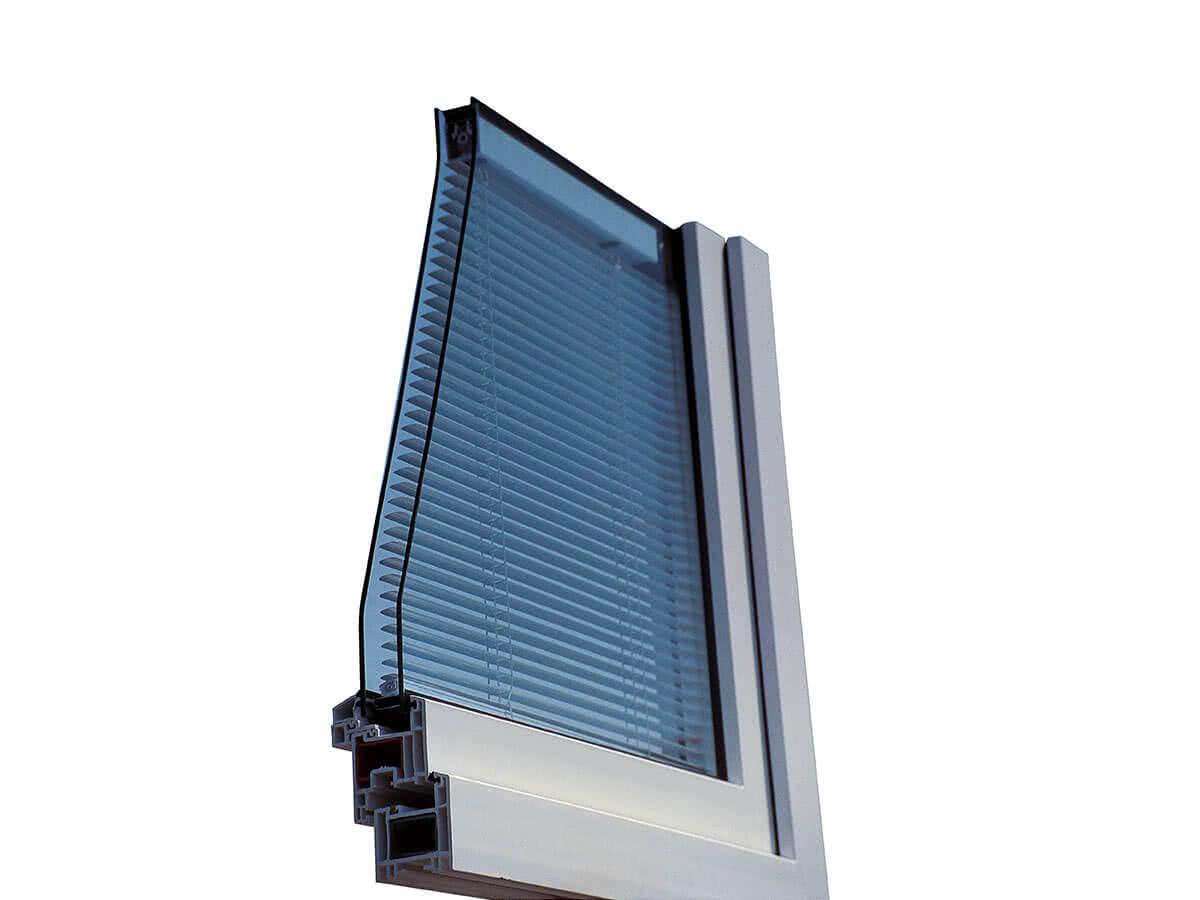 SPRINZ Architektur Isolierglas Verschattung2 web.jpg