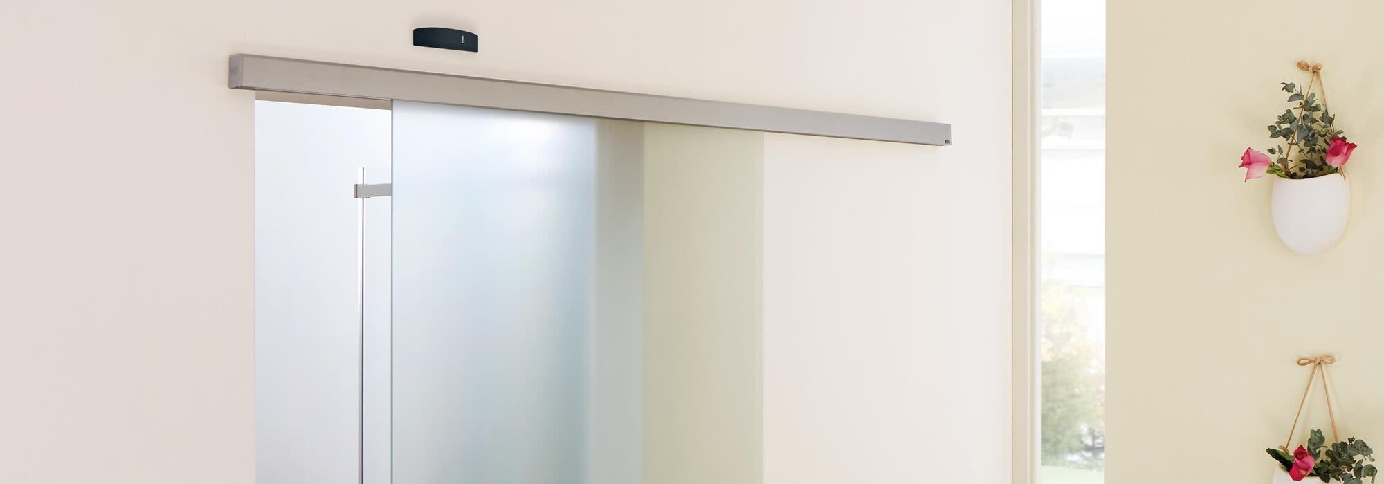 SPRINZ Kopfgrafik Seniorendomizil Schiebetuer Motion700Automatik offen.jpg