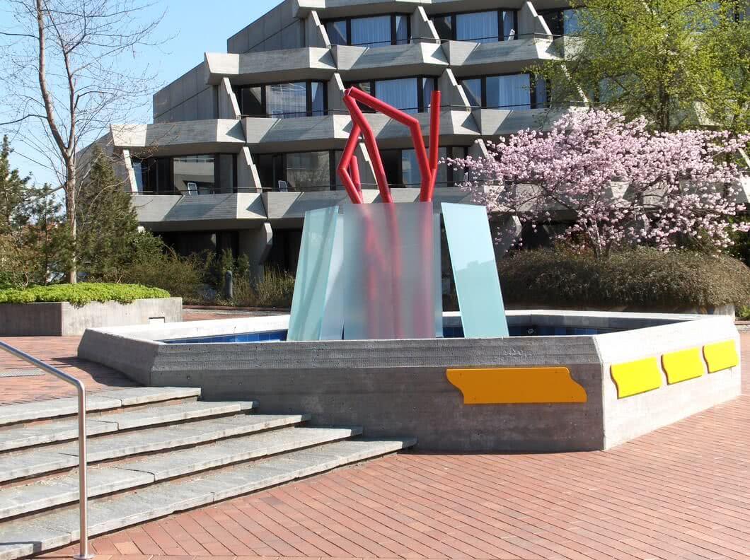 SPRINZ Architektur Brunnen BadBuchau.JPGSPRINZ Architektur Brunnen BadBuchau