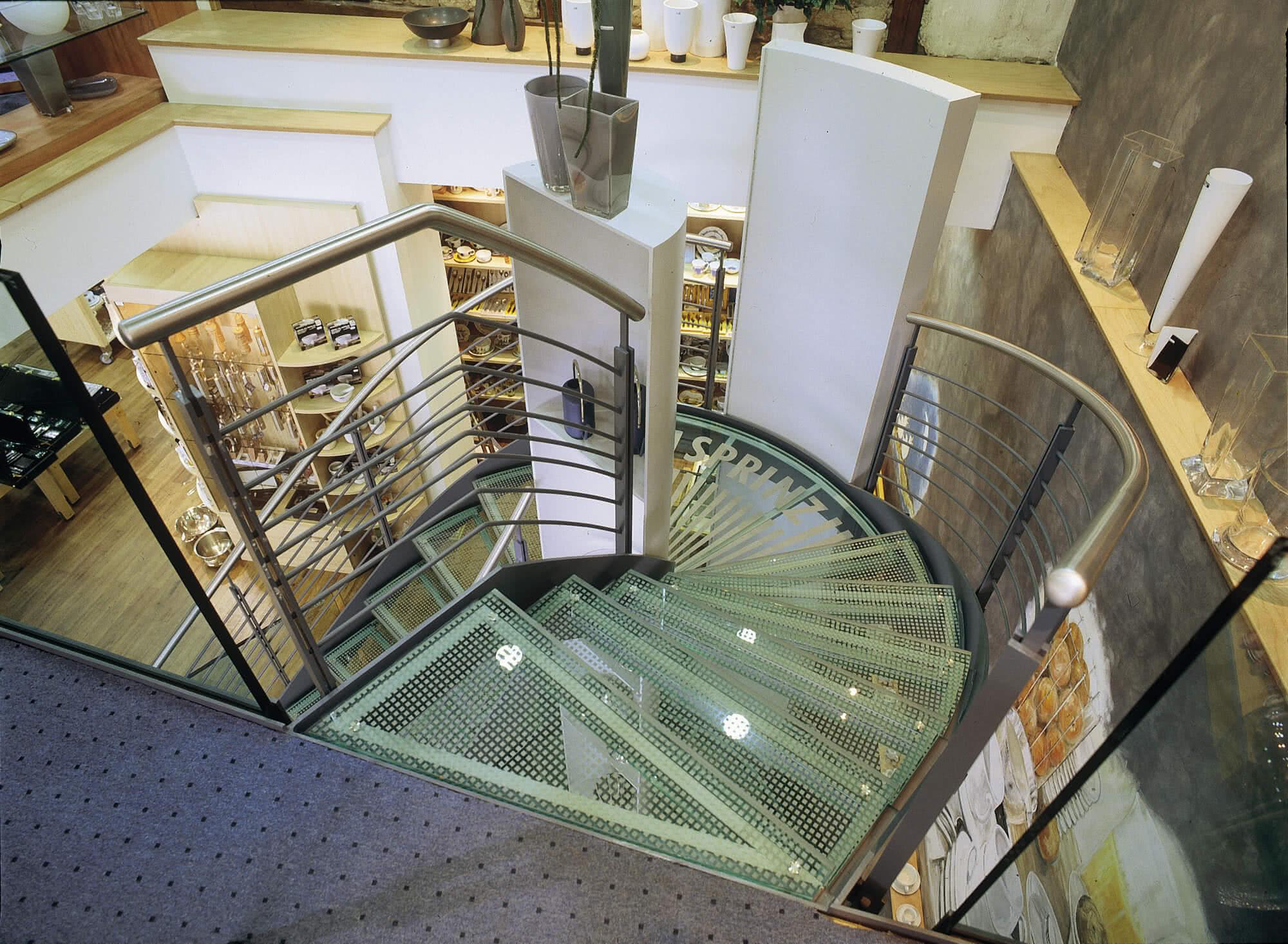 Rutschhemmende Glastreppe
