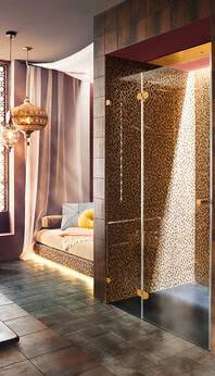 Glass shower with gold hinges: Spinell Plus by SPRINZ