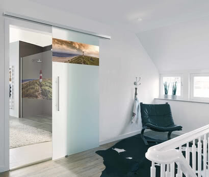 Coordinate motifs for glass doors and showers with ColorDoor from SPRINZ