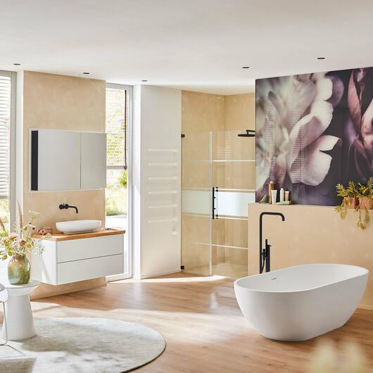 Eine Duschwand für die Badewanne