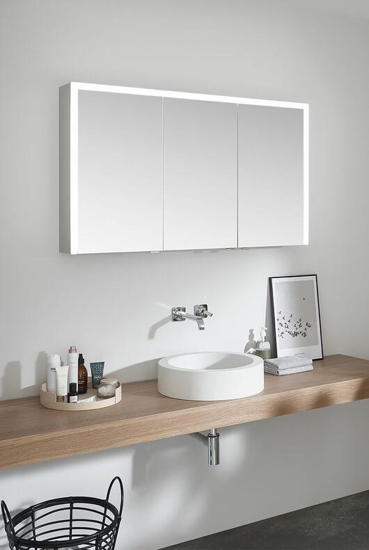 Fusion of light and mirror: Elegant-Line 2.0