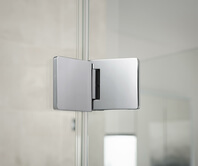 Fitting of the Granat glass shower from the outside, open