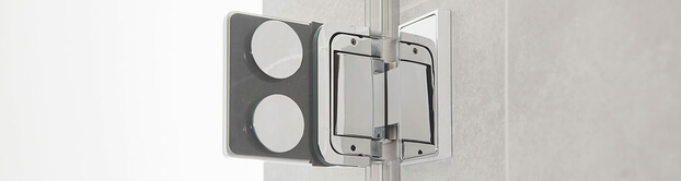 Door fitting glass / wall of the Granat glass shower by SPRINZ, inside