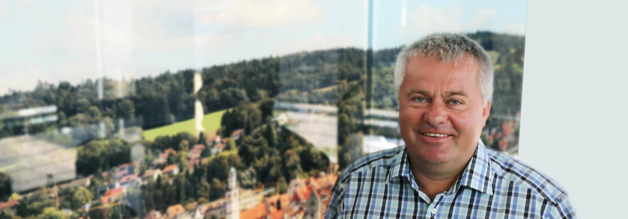 Johann Koisser: SPRINZ Interieur Handelsvertretung Österreich