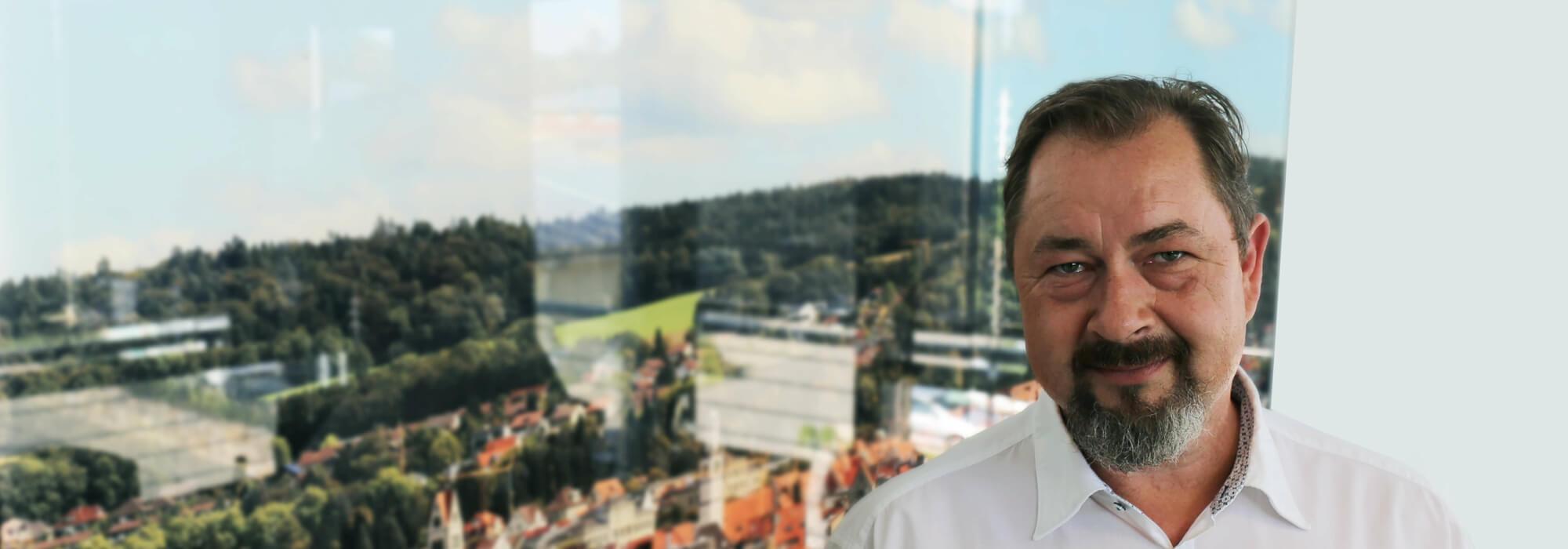 Swen Bräunig: SPRINZ Interieur Handelsvertretung Schweiz