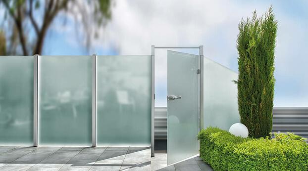 Post system Premium revolving door with open door